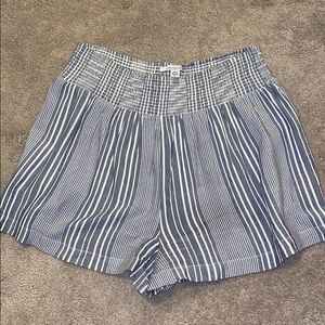 American eagle linen shorts size medium